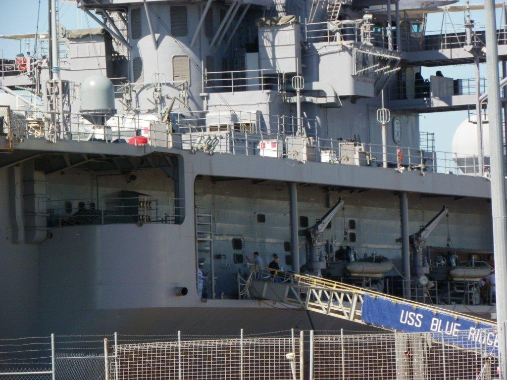 American Navy Ship in Cairns (4)