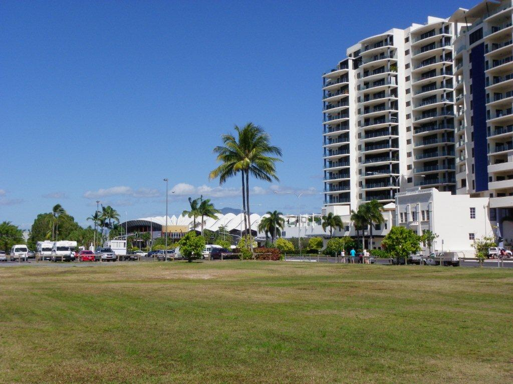 Cairns High Rise Buildings (2)